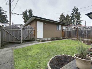 "Photo 15: 8445 FREMLIN Street in Vancouver: Marpole House 1/2 Duplex for sale in ""MARPOLE"" (Vancouver West)  : MLS®# R2135044"