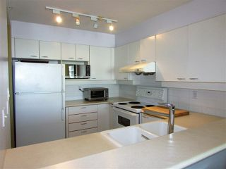 "Photo 7: 1207 10 LAGUNA Court in New Westminster: Quay Condo for sale in ""Laguna Landing"" : MLS®# R2140406"