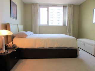 "Photo 10: 1207 10 LAGUNA Court in New Westminster: Quay Condo for sale in ""Laguna Landing"" : MLS®# R2140406"