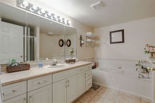 Photo 11: 44 8737 212 Street in Langley: Walnut Grove Townhouse for sale : MLS®# R2141727