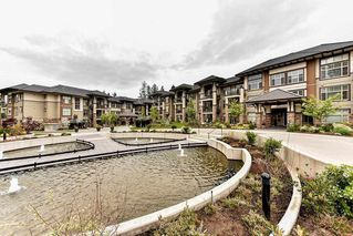 Photo 1: 209 15185 36 Avenue in Surrey: Morgan Creek Condo for sale (South Surrey White Rock)  : MLS®# R2142888