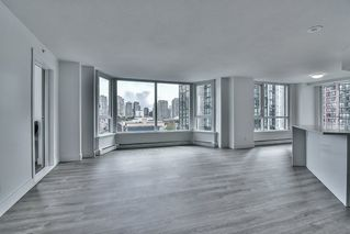"Photo 6: 1106 388 DRAKE Street in Vancouver: Yaletown Condo for sale in ""GOVERNOR'S TOWER"" (Vancouver West)  : MLS®# R2162040"