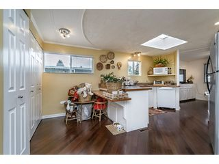 """Photo 8: 70 15875 20 Avenue in Surrey: King George Corridor Manufactured Home for sale in """"Searidge Bays"""" (South Surrey White Rock)  : MLS®# R2169478"""