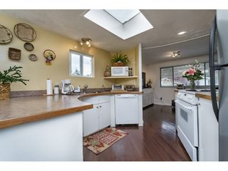 """Photo 9: 70 15875 20 Avenue in Surrey: King George Corridor Manufactured Home for sale in """"Searidge Bays"""" (South Surrey White Rock)  : MLS®# R2169478"""