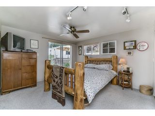 """Photo 12: 70 15875 20 Avenue in Surrey: King George Corridor Manufactured Home for sale in """"Searidge Bays"""" (South Surrey White Rock)  : MLS®# R2169478"""