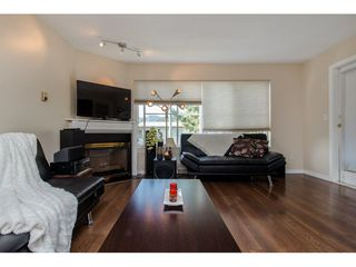 """Photo 9: 210 45504 MCINTOSH Drive in Chilliwack: Chilliwack W Young-Well Condo for sale in """"VISTA VIEW"""" : MLS®# R2211484"""