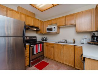 """Photo 4: 210 45504 MCINTOSH Drive in Chilliwack: Chilliwack W Young-Well Condo for sale in """"VISTA VIEW"""" : MLS®# R2211484"""