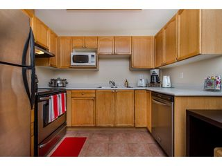 """Photo 3: 210 45504 MCINTOSH Drive in Chilliwack: Chilliwack W Young-Well Condo for sale in """"VISTA VIEW"""" : MLS®# R2211484"""