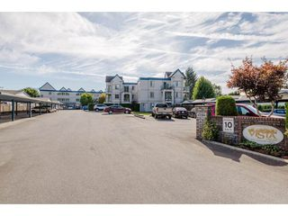 """Photo 1: 210 45504 MCINTOSH Drive in Chilliwack: Chilliwack W Young-Well Condo for sale in """"VISTA VIEW"""" : MLS®# R2211484"""