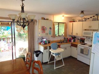 Photo 2: 21091 LAKEVIEW Crescent in Hope: Hope Kawkawa Lake House for sale : MLS®# R2211612