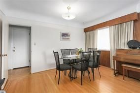 Photo 12: 5748 SOPHIA Street in Vancouver: Main House for sale (Vancouver East)  : MLS®# R2212717