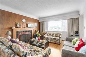 Photo 9: 5748 SOPHIA Street in Vancouver: Main House for sale (Vancouver East)  : MLS®# R2212717