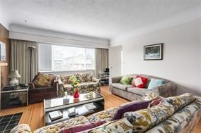 Photo 8: 5748 SOPHIA Street in Vancouver: Main House for sale (Vancouver East)  : MLS®# R2212717