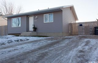Photo 2: 3729 33rd Street West in Saskatoon: Confederation Park Residential for sale : MLS®# SK714096