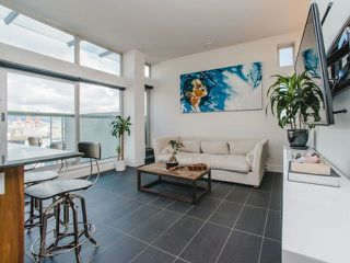 Photo 2: 902 33 W PENDER Street in Vancouver: Downtown VW Condo for sale (Vancouver West)  : MLS®# R2234015