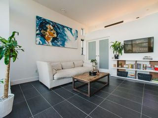 Photo 7: 902 33 W PENDER Street in Vancouver: Downtown VW Condo for sale (Vancouver West)  : MLS®# R2234015