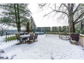 Photo 2: 32500 QUALICUM Place in Abbotsford: Central Abbotsford House for sale : MLS®# R2240933