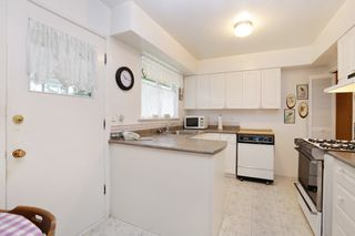Photo 6: 1017 ARLINGTON Crescent in North Vancouver: Edgemont House for sale : MLS®# R2252498