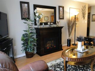 """Photo 8: 304 31930 OLD YALE Road in Abbotsford: Abbotsford West Condo for sale in """"Royal Court"""" : MLS®# R2266107"""