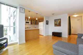 """Photo 7: 804 121 W 16TH Street in North Vancouver: Central Lonsdale Condo for sale in """"SILVA"""" : MLS®# R2269546"""