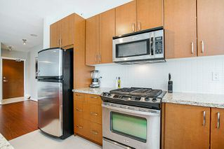 Photo 7: 301 9222 UNIVERSITY Crescent in Burnaby: Simon Fraser Univer. Condo for sale (Burnaby North)  : MLS®# R2269707