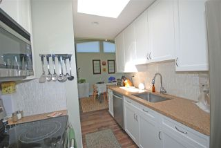 Photo 9: 401 1035 W 11TH Avenue in Vancouver: Fairview VW Condo for sale (Vancouver West)  : MLS®# R2275667