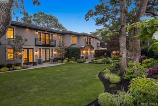 Photo 17: 3555 Beach Drive in VICTORIA: OB Uplands Single Family Detached for sale (Oak Bay)  : MLS®# 394343