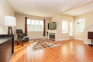 Photo 3: 2121 Greenhill Rise in VICTORIA: La Bear Mountain Townhouse for sale (Langford)  : MLS®# 394513