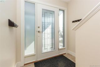 Photo 2: 2121 Greenhill Rise in VICTORIA: La Bear Mountain Row/Townhouse for sale (Langford)  : MLS®# 790906