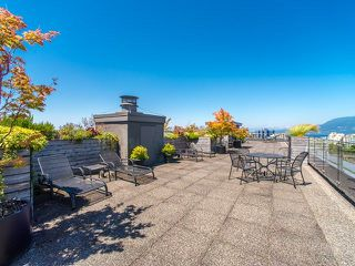 """Photo 11: 206 1445 MARPOLE Avenue in Vancouver: Fairview VW Condo for sale in """"Hycroft Towers"""" (Vancouver West)  : MLS®# R2282720"""