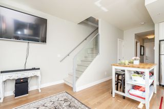 "Photo 10: 504 3080 GLADWIN Road in Abbotsford: Central Abbotsford Condo for sale in ""Hudson's Loft"" : MLS®# R2283903"