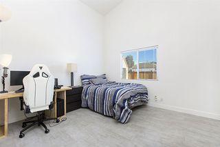 Photo 16: SANTEE House for sale : 3 bedrooms : 8577 Paseo De Los Castillos
