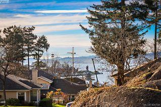 Photo 2: 2 909 Admirals Road in VICTORIA: Es Esquimalt Townhouse for sale (Esquimalt)  : MLS®# 404756