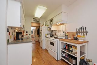 """Photo 10: 309 1540 E 4TH Avenue in Vancouver: Grandview VE Condo for sale in """"THE WOODLAND"""" (Vancouver East)  : MLS®# R2338019"""