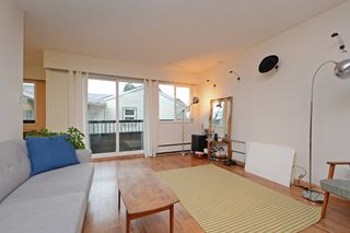 """Photo 2: 309 1540 E 4TH Avenue in Vancouver: Grandview VE Condo for sale in """"THE WOODLAND"""" (Vancouver East)  : MLS®# R2338019"""