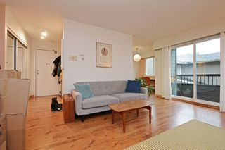 """Photo 5: 309 1540 E 4TH Avenue in Vancouver: Grandview VE Condo for sale in """"THE WOODLAND"""" (Vancouver East)  : MLS®# R2338019"""