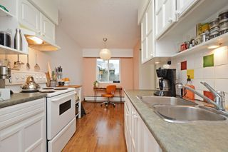 """Photo 9: 309 1540 E 4TH Avenue in Vancouver: Grandview VE Condo for sale in """"THE WOODLAND"""" (Vancouver East)  : MLS®# R2338019"""