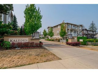 "Photo 1: 96 2729 158 Street in Surrey: Grandview Surrey Townhouse for sale in ""The Kaleden"" (South Surrey White Rock)  : MLS®# R2338409"