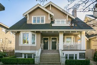 Main Photo: 2416 W 8TH Avenue in Vancouver: Kitsilano Townhouse for sale (Vancouver West)  : MLS®# R2339213