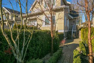 Photo 18: 2416 W 8TH Avenue in Vancouver: Kitsilano Townhouse for sale (Vancouver West)  : MLS®# R2339213