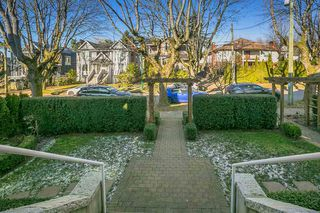 Photo 16: 2416 W 8TH Avenue in Vancouver: Kitsilano Townhouse for sale (Vancouver West)  : MLS®# R2339213