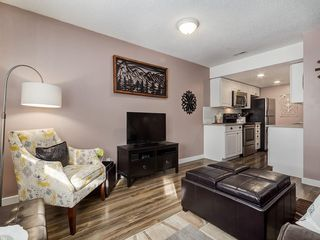 Photo 8: 826 200 BROOKPARK Drive SW in Calgary: Braeside Row/Townhouse for sale : MLS®# C4226293