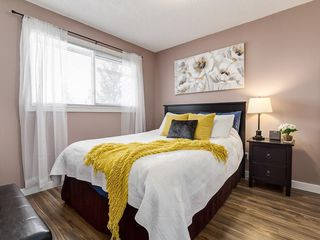 Photo 11: 826 200 BROOKPARK Drive SW in Calgary: Braeside Row/Townhouse for sale : MLS®# C4226293
