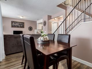 Photo 7: 826 200 BROOKPARK Drive SW in Calgary: Braeside Row/Townhouse for sale : MLS®# C4226293