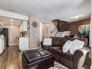 Photo 1: 826 200 BROOKPARK Drive SW in Calgary: Braeside Row/Townhouse for sale : MLS®# C4226293