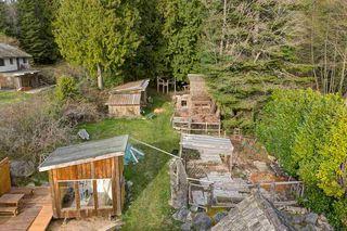 Photo 20: 3272 BEACH Avenue: Roberts Creek House for sale (Sunshine Coast)  : MLS®# R2348968