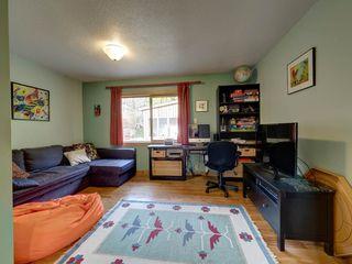 Photo 10: 3272 BEACH Avenue: Roberts Creek House for sale (Sunshine Coast)  : MLS®# R2348968