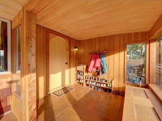 Photo 2: 3272 BEACH Avenue: Roberts Creek House for sale (Sunshine Coast)  : MLS®# R2348968