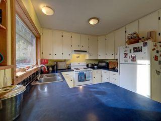 Photo 8: 3272 BEACH Avenue: Roberts Creek House for sale (Sunshine Coast)  : MLS®# R2348968