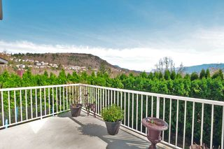 "Photo 18: 2452 MOUNTAIN Drive in Abbotsford: Abbotsford East House for sale in ""MOUNTAIN VILLAGE"" : MLS®# R2354481"
